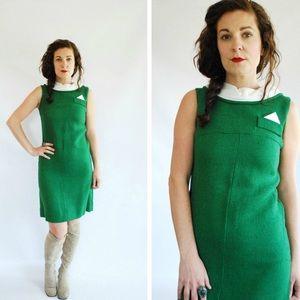 Vintage 60's mod shift dress faux pocket square